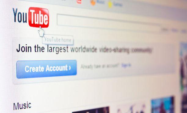 Youtube on aina perustunut ilmaisuuteen. Tähän asti.