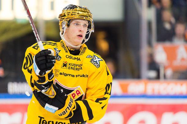 Eetu Luostarinen ponnisti KalPasta maailmanmestariksi ja NHL-pelaajaksi.