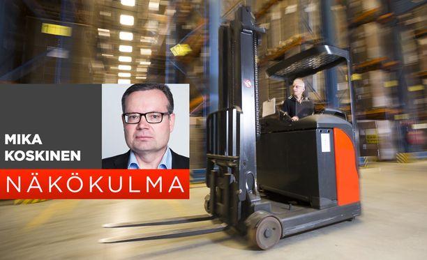 Tilastokeskus kertoo, että Suomeen on tullut vuodessa satatuhatta uutta työllistä.
