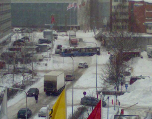 Miten on kuljettaja joutunut tällaiseen tilanteeseen Helsingin Valimossa?