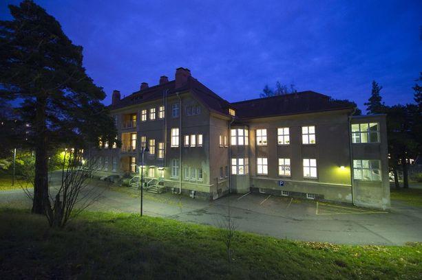 Seksiä ostaneen uhrin virustartunta diagnostisoitiin Auroran sairaalassa Helsingissä.