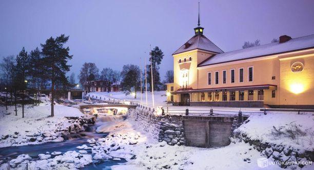 Pekka Laaksosen Linnassa on suuret lämmityskulut.