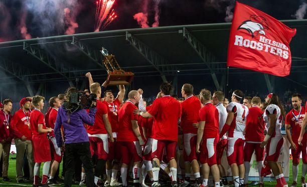 Helsinki Roosters on juhlinut Vaahteramaljan-voittoa kuusi kertaa peräkkäin.