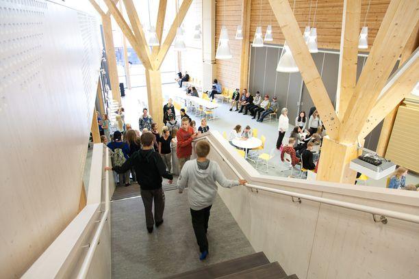 Pudasjärvi haluaa tarjota työntekijöilleen ja nuorille terveen ympäristön.