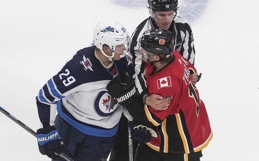 Patrik Laine loukkaantui NHL:ssä – Jetsin ykkössentteri jätti myös ottelun kesken