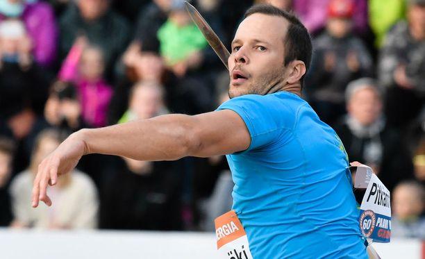 Tero Pitkämäki oli iskussa keihään karsinnassa.