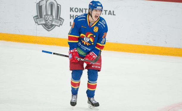Eeli Tolvanen tykitti kaksi lähes identtistä maalia Sotshia vastaan.