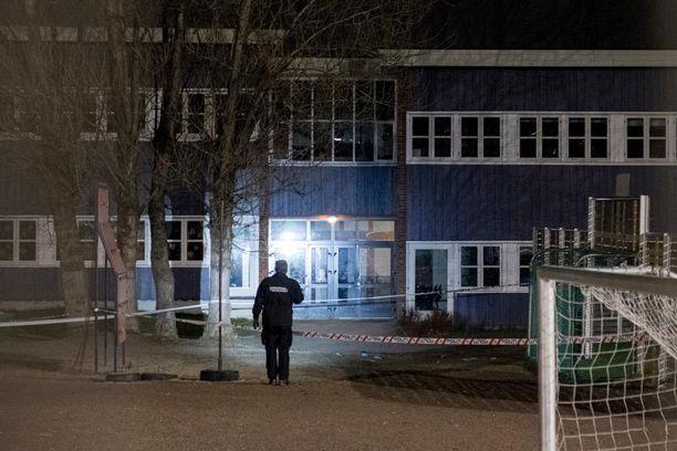 Kaksoissurma tapahtui koulun edustalla Kristiansandissa.