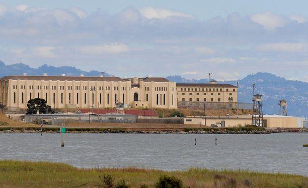 Harper suorittaa tuomiotaan tällä hetkellä San Quentinin vankilassa.