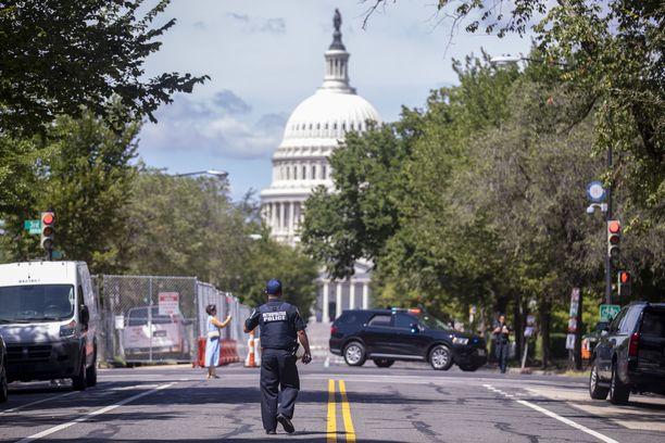 Capitolin ympäristö eristettiin.