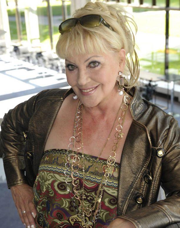Hannele Lauri Helsingin kaupunginteatterin infossa vuonna 2009.
