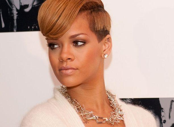 Rihanna haaveilee työskentelystä yhdessä Depeche Moden kanssa.