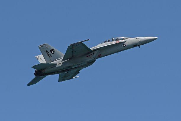 F/A-18F Super Hornet -hävittäjää harkitaan myös Suomen tulevaksi hävittäjäksi.