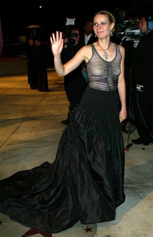 Gwyneth Paltrow on myöntänyt katuvansa tätä Oscar-gaalatyyliä vuodelta 2002.