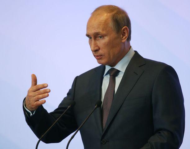 Venäjän talous on vaikeuksissa muun muassa länsimaiden asettamien talouspakotteiden vuoksi. Putin voikin keskittyä puheessaan siihen, miten tavallisten ihmisten elämä saataisiin helpommaksi.