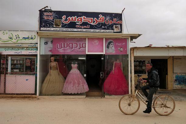 Zaatarin pakolaisleirillä on vilkas tunnelma.