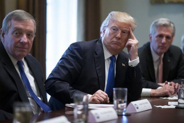 Trumpia ei miellytä, kun hänen tekemänsä päätökset kaatuvat oikeudessa.