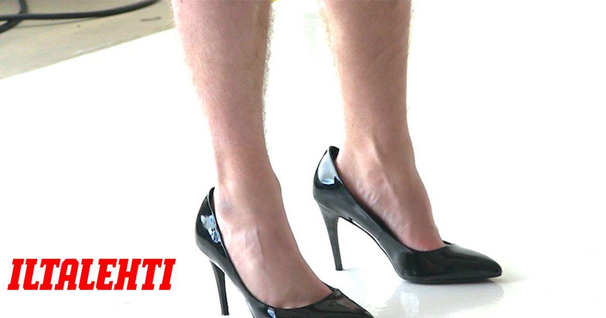 musta lesbot korko kengät