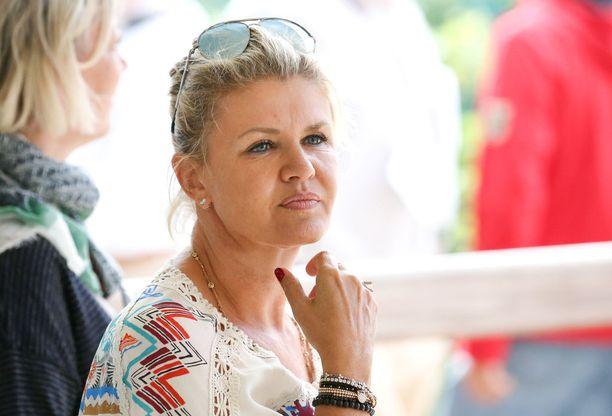 Corinna Schumacher osti hulppean lomahuvilan Espanjasta.