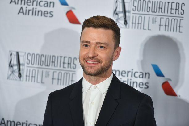 Justin Timberlaken mennyt käytös puhuttaa.