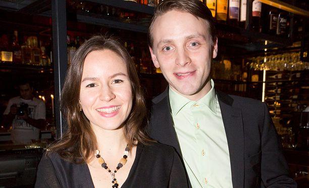 Näyttelijä-muusikko Reino Nordin ja arkkitehti Maria Nordin ovat pitäneet yhtä jo monta vuotta. Maria muistetaan myös Iholla -sarjasta.