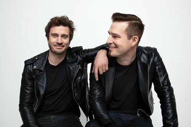 Sebastian Rejman ja Ville Virtanen eli Darude ovat viisushow'n tämänvuotiset viisushow'n keulakuvat.