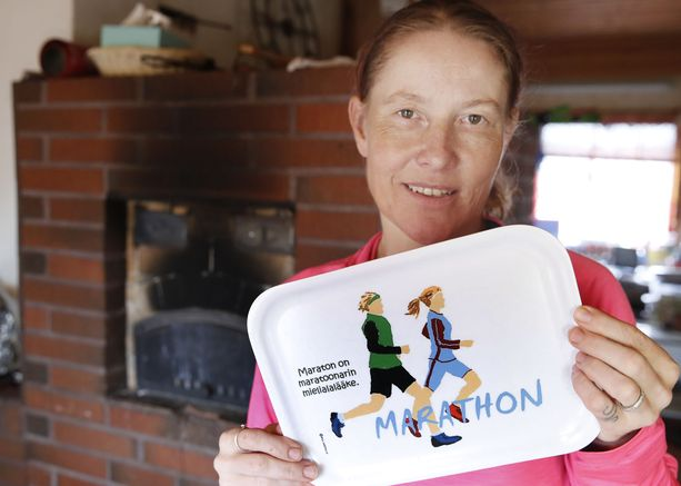 Vaikka jokainen maraton ei tunnu hyvältä, Iina allekirjoittaa tarjottimen viestin.