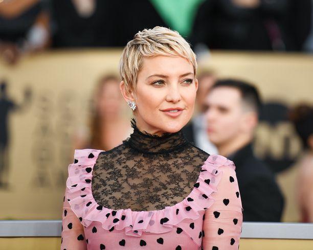 Kate Hudson on tunnettu yhdysvaltalaisnäyttelijä. Hudson tunnetaan esimerkiksi rooleistaan elokuvissa Melkein julkkis ja Sinä, minä ja Dupree.
