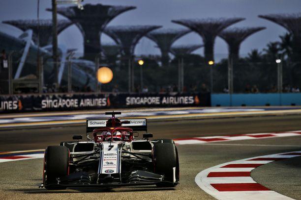 Kimi Räikkönen jäi kauas aika-ajon viimeisestä vaiheesta.
