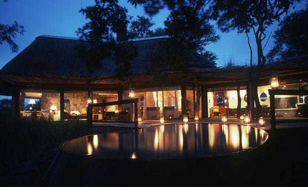 Singita Lodgesissa voi majoittua kauniisiin bungaloweihin.