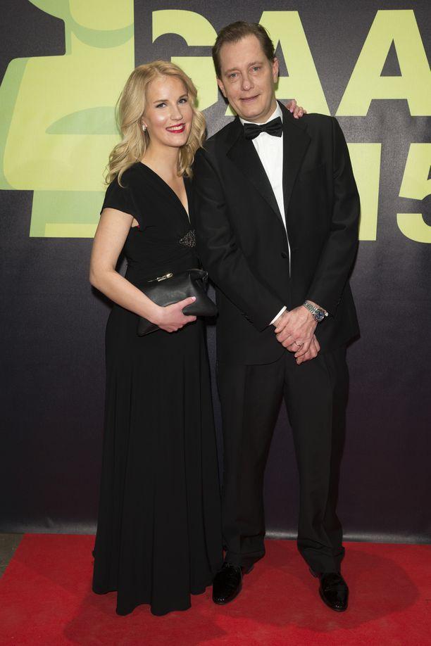 Petteri Ahomaa ja Emma kertoivat hääsuunnitelmistaan vuonna 2015.