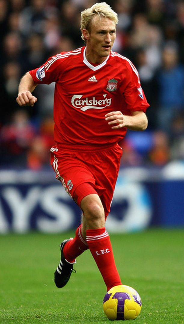 Sami Hyypiän Liverpool kohtaa Real Madridin Mestarien liigan neljännesvälierissä helmikuun lopussa.