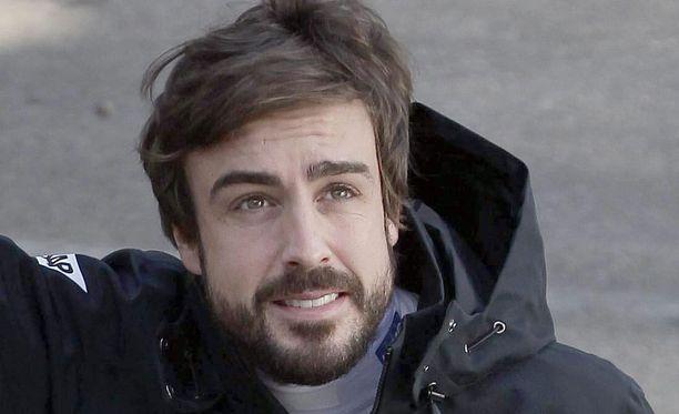 Fernando Alonson mukaan auton ohjaus tuntui raskaalta ennen onnettomuutta.