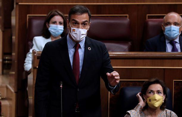 Pedro Sánchezilla on kova paine keksiä sopivia avustuskohteita.