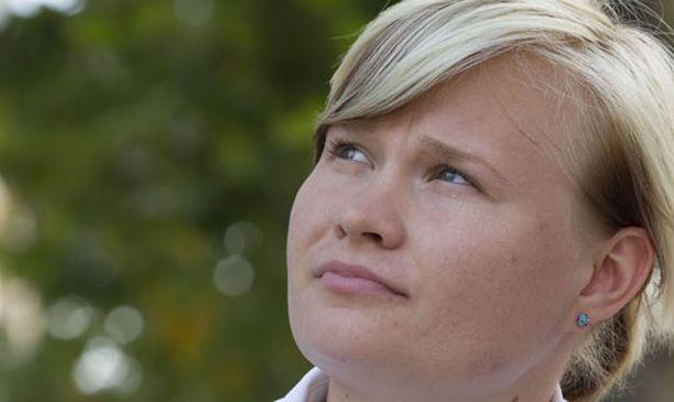 Oona Sormunen on ensimmäisenä suomalaisurheilijoista tulessa tiistai-iltana.