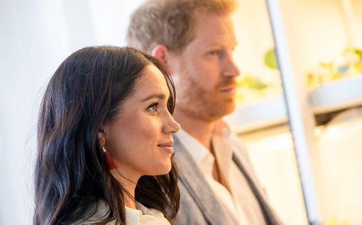 Meghan ja Harry tietävät tulevan lapsensa sukupuolen – Nimeksi veikkaillaan väriä tai kukkaa