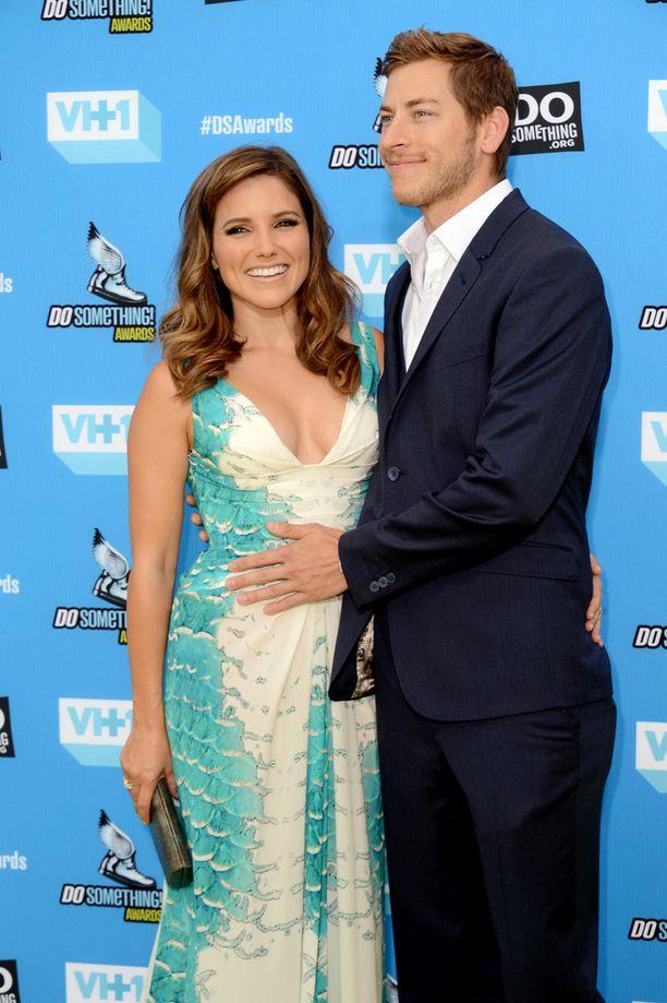 Näyttelijä Sophia Bush ja Dan Fredinburg tapailivat vuosina 2013 ja 2014.