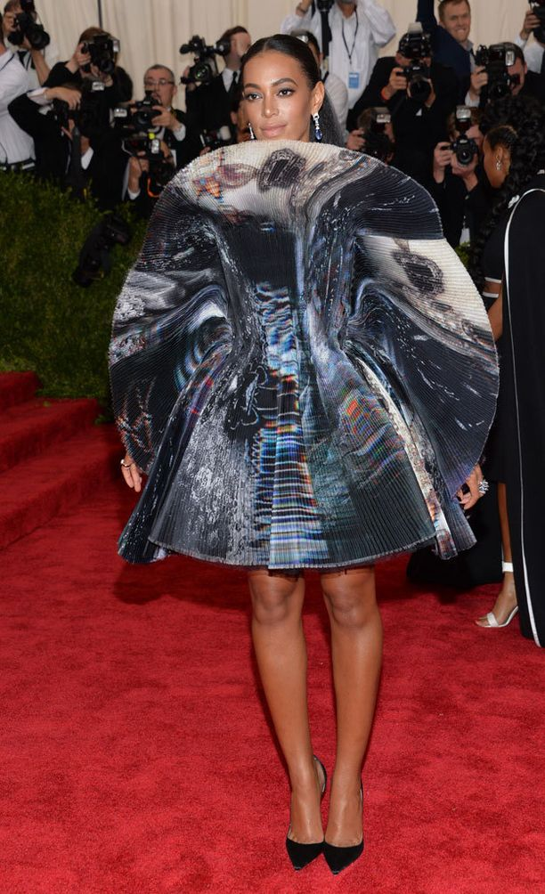 """""""Kun Cartier on deittisi, on Giles mekkosi"""", kirjoitti Solange Knowles Instagramiin."""
