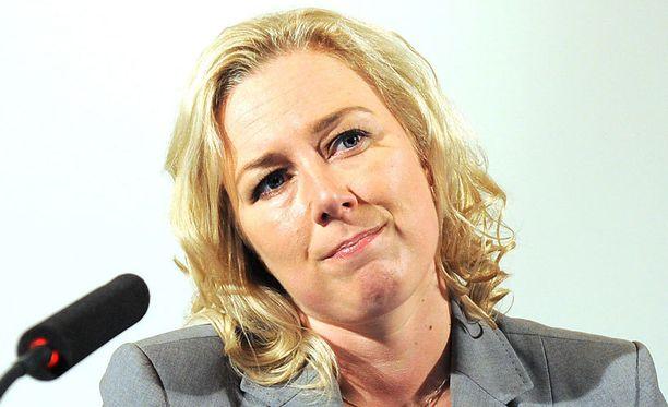 Valtiovarainministeri Jutta Urpilainen täytti lupauksensa lähes rutiininomaisesti, kun Kreikan malli kelpasi Espanjalle.