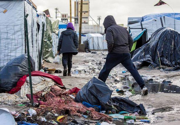 Calais'n pakolaisleirin olosuhteet ovat kammottavat.