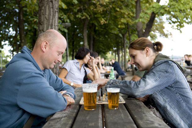 Tšekissä oluesta ei tarvitse maksaa huimia.