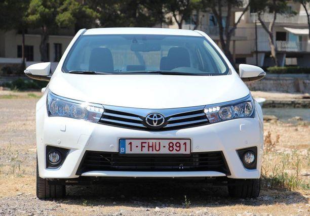 Yli miljoonan myydyn auton rajan ylitti vain Toyota Corolla ja Fordin F-sarja.