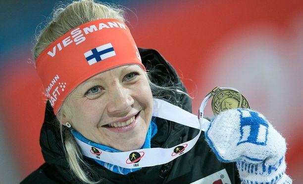 Kaisa Mäkäräinen oli viimeisimmässä kuvassaan juhlatunnelmissa.