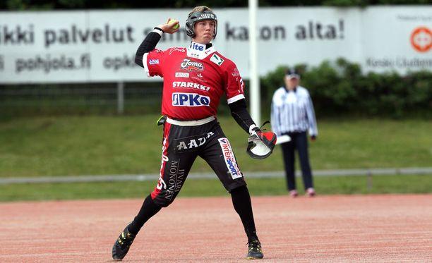 Henri Litmanen löi supervuorossa yhden tavallisen ja kunnarin, jotka varmistivat Joensuun Mailalle finaalipaikan.