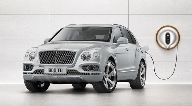 Plug in -hybridi todellisessa luksusluokassa  - Bentley Bentayga Hybrid,
