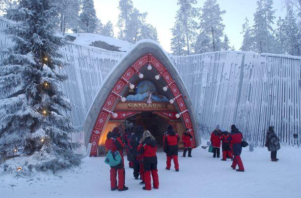 Suomen Lappi ja Rovaniemi hävisivät ruotsalaiskyselyssä yhdellä prosenttiyksiköllä New Yorkille, jonka länsinaapurit valitsivat maailman jouluisimmaksi paikaksi. Kuva Santa Parkista.