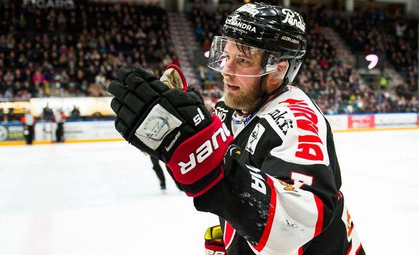 Mikko Kalteva teki JYPin kaksi viimeistä maalia.