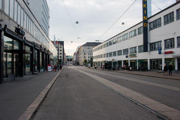 Helsingin keskusta on hiljentynyt koronan takia.
