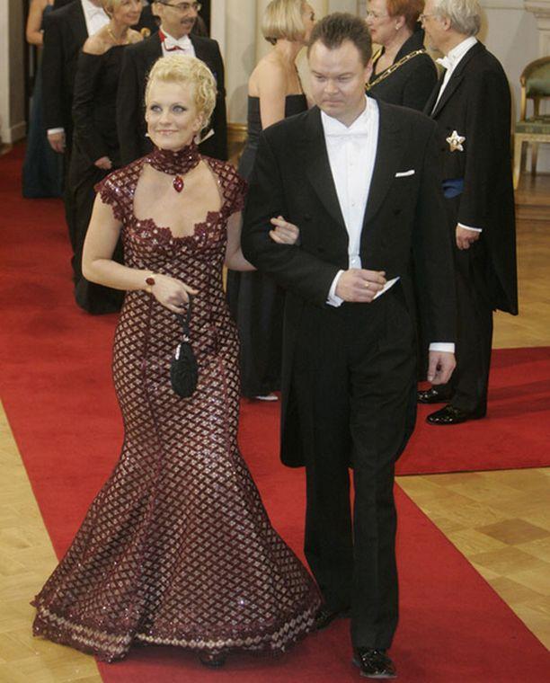 Laura Voutilainen ja aviomies, muusikko Juha Heikkilä.