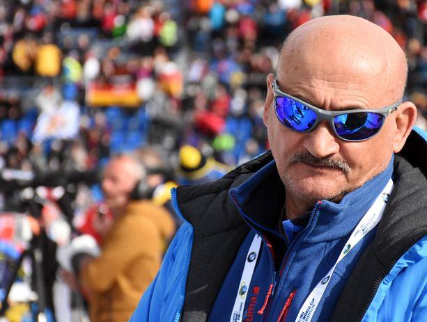 Anatoli Hovantsev toimi ennen vuonna 2018 alkanut pestiään Venäjällä pitkään Kontiolahden Urheilijoiden valmennuksessa. Hän oli seuran päävalmentaja 2006–10.